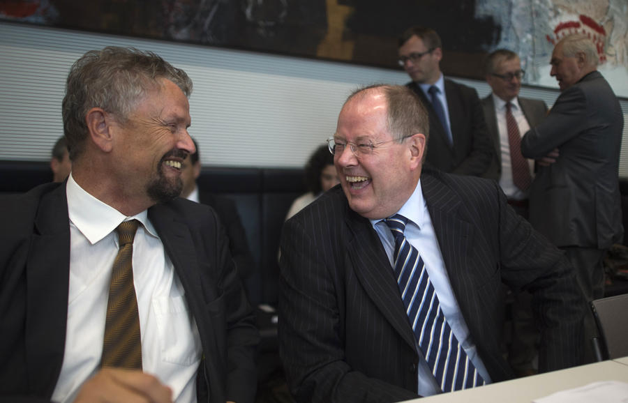 Правительство Германии признало, что у Порошенко слова расходятся с делами