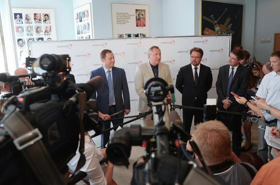 Глава РКК «Энергия»: Российские космонавты высадятся на Луну в 2029 году