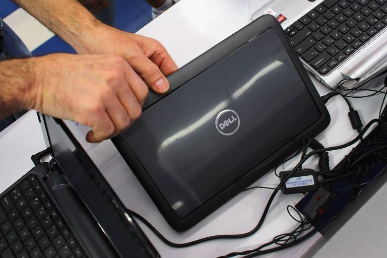 Компания Dell согласилась заменить тысячи ноутбуков, пахнущих кошачьей мочой
