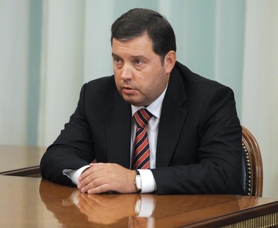 СМИ: Глава Росграницы незаконно перечислил 1 млрд рублей в банк собственного отца
