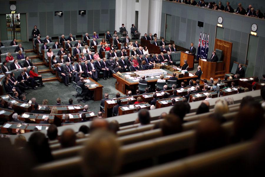 Австралийский парламентарий тратил сотни тысяч бюджетных средств на проституток