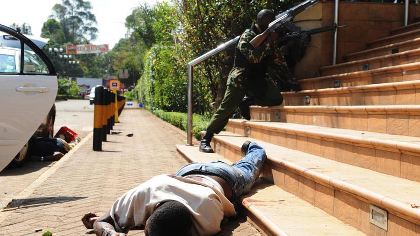 Осада торгового комплекса в Кении: в здании всё ещё могут находиться заложники