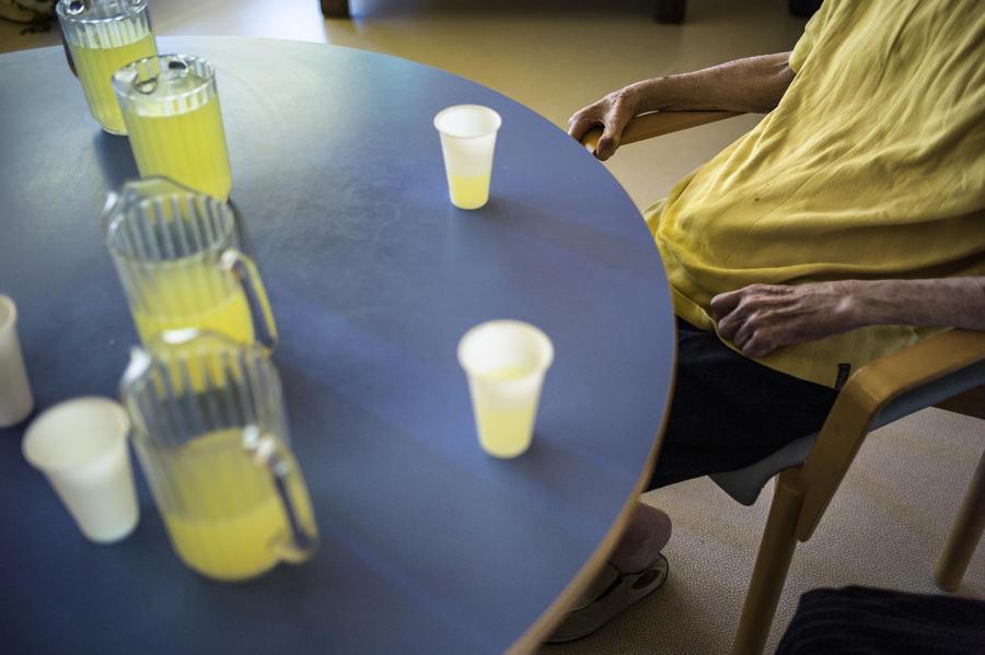 В домах престарелых Великобритании стремительно растёт смертность
