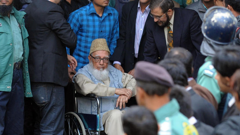 Суд приговорил 90-летнего исламиста к 90 годам тюрьмы за преступления прошлого века