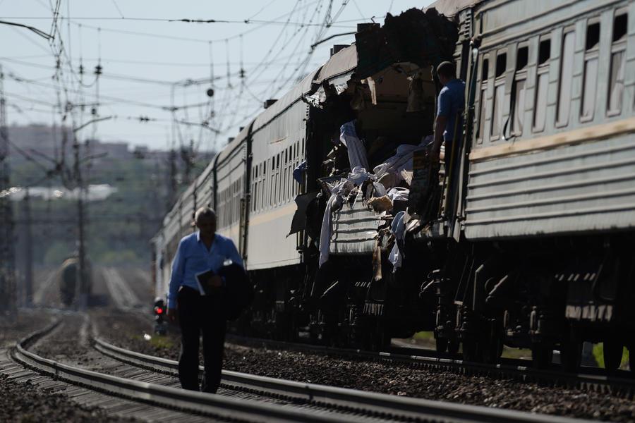 СК: Причиной столкновения поездов в Подмосковье стала неисправность рельсов