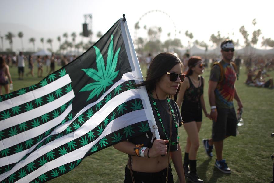 В Пуэрто-Рико для оздоровления бюджета страны намерены легализовать марихуану и проституцию