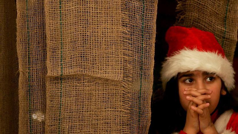 Канадская полиция арестовала человека, рассказывавшего детям, что Санта Клауса не существует