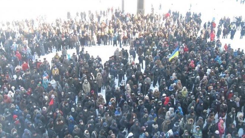 Сторонники оппозиции захватили здание областной администрации в Хмельницком