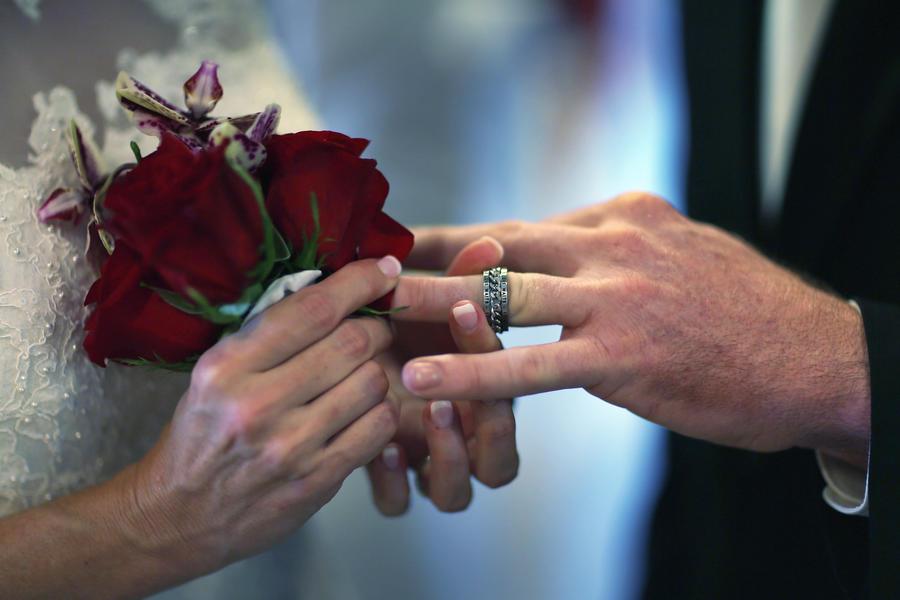 Сестра жениха втайне отменила свадьбу из-за неприязни к невесте