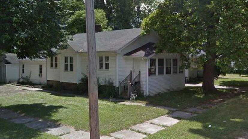 В американском городе Флинт коттедж с тремя спальнями продаётся за $188