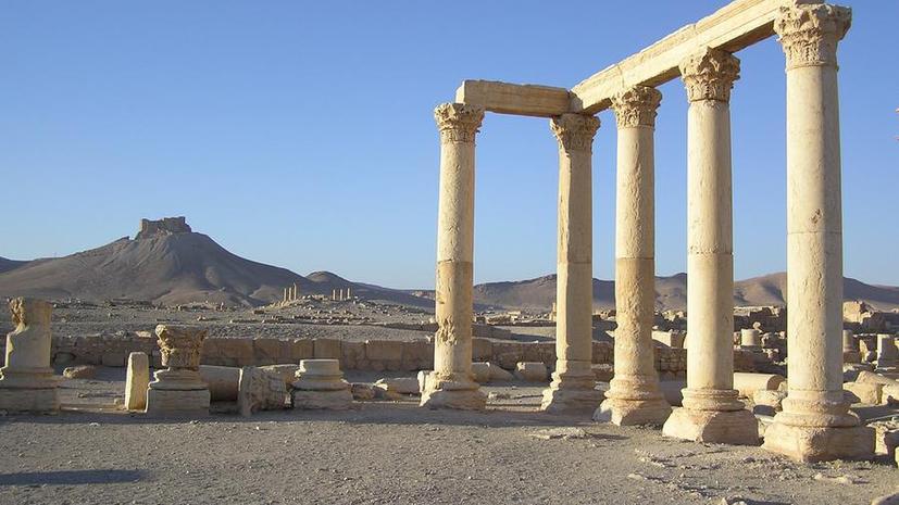 СМИ: Боевики ИГ казнили трёх человек, взорвав древние колонны Пальмиры
