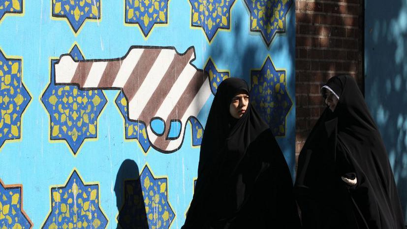 Власти Ирана: Россиянки с АЭС «Бушер» должны носить хиджаб, им за это доплачивают