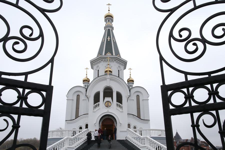 РПЦ планирует открыть центры адаптации трудовых мигрантов