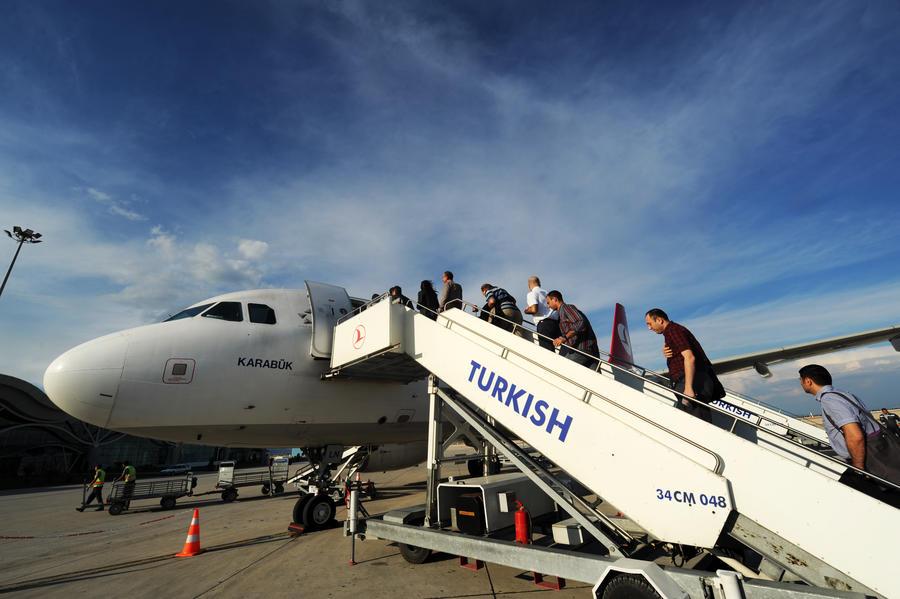 Turkish Airlines не будут запрещать алкоголь на российских рейсах