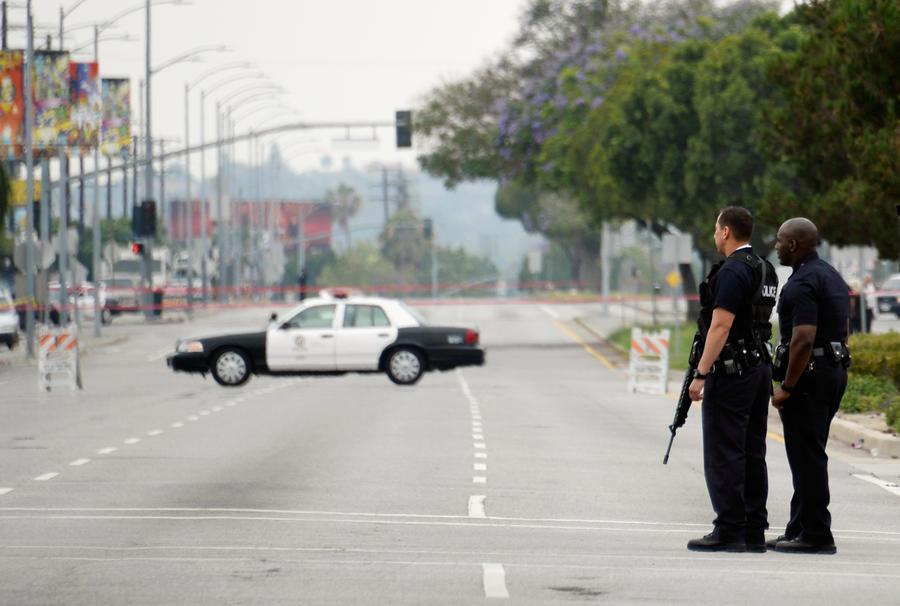 Полицейские Лос-Анджелеса годами терроризировали малоимущих жителей