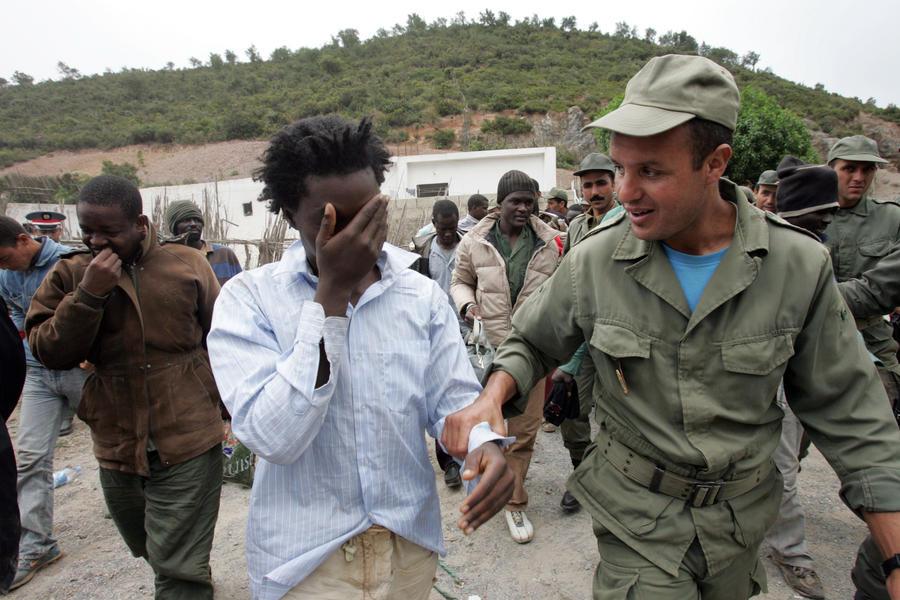 Испанским пограничникам запретили использовать резиновые пули