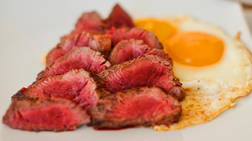 Красное мясо способствует развитию сердечных заболеваний – ученые