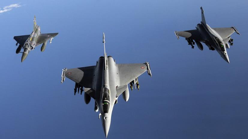ВВС Франции начали бомбить лагеря боевиков на севере Мали