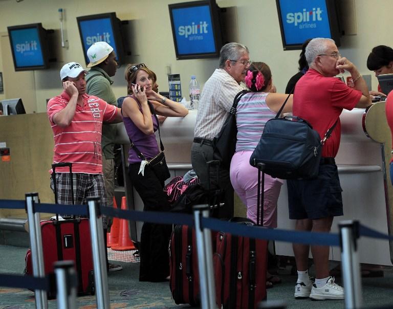 Пассажиров самолёта в США сняли с рейса за разговоры на русском языке