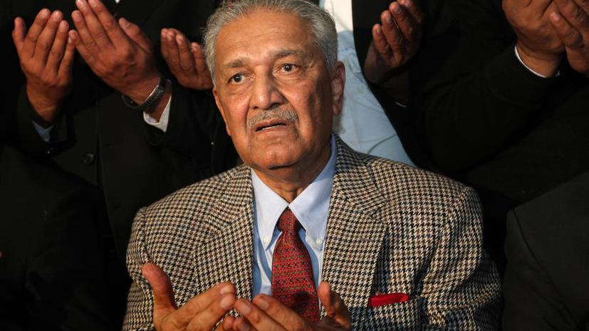 «Отец» пакистанской атомной бомбы сомневается в том, что КНДР воспользуется ядерным оружием