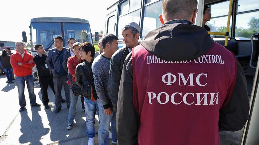 Глава ФМС: Говорить о возможности введения трудовых виз для мигрантов можно будет лишь после 2015 года