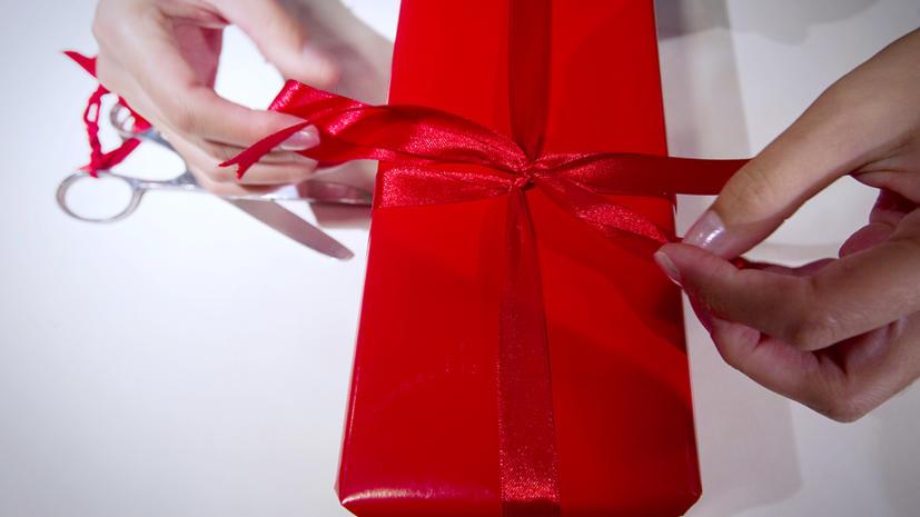Каждый второй француз готов перепродать рождественские подарки