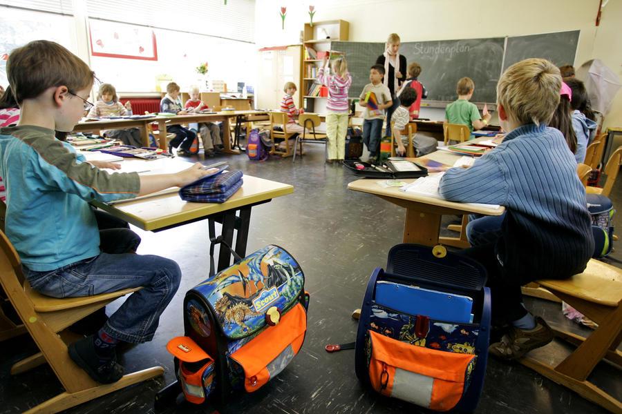 Немцы бойкотируют закон об изучении гомосексуальности в школах