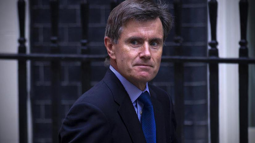 Экс-глава MI6: Мы не сможем остановить терроризм, если не будем следить за простыми гражданами