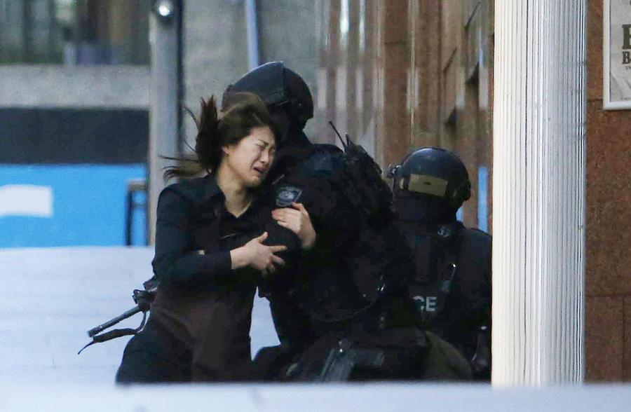 СМИ: Полиция Сиднея игнорировала жалобы граждан на Мэна Мониса, устроившего затем теракт в кафе