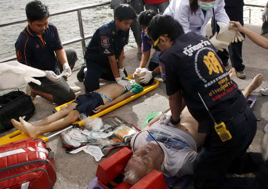 Поиски пострадавших с затонувшего парома у берегов Таиланда продолжаются