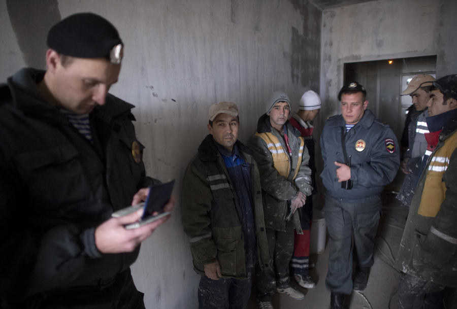 На Хорошевском шоссе задержали более 1,6 тыс. нелегальных мигрантов