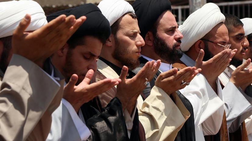 Муэдзин на диване: британский телеканал добавил в дневную программу призыв к исламской молитве