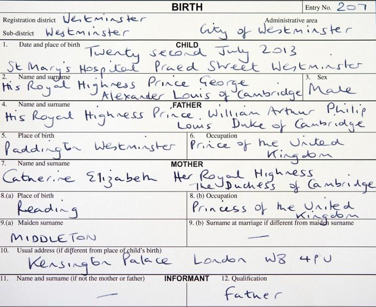 Новорожденный британский принц получил свидетельство о рождении