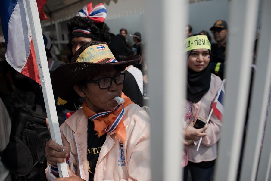 Власти Таиланда готовы начать переговоры с организаторами протестов в стране