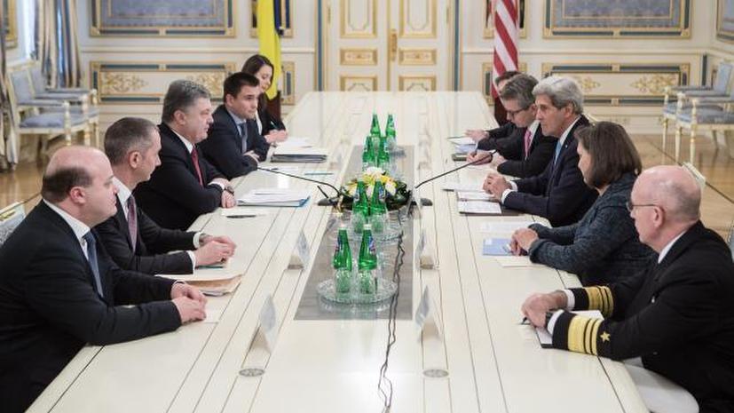 Политолог: Госдеп недоволен ЕС и Порошенко и стремится действовать через своего ставленника Яценюка