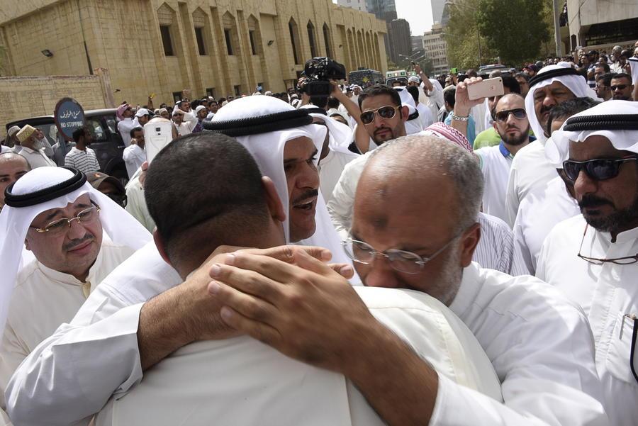 День террора: жертвами нападений исламистов во Франции, Тунисе и Кувейте стали десятки человек