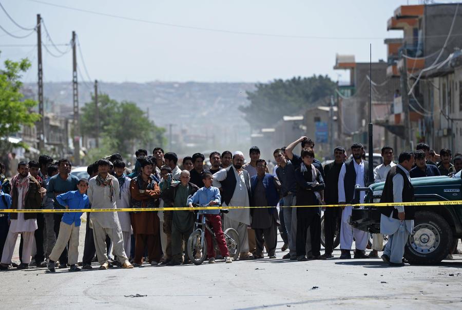Террорист-смертник подорвал колонну иностранных войск в Кабуле