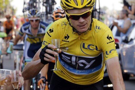 Британец Крис Фрум стал чемпионом велогонки Tour de France