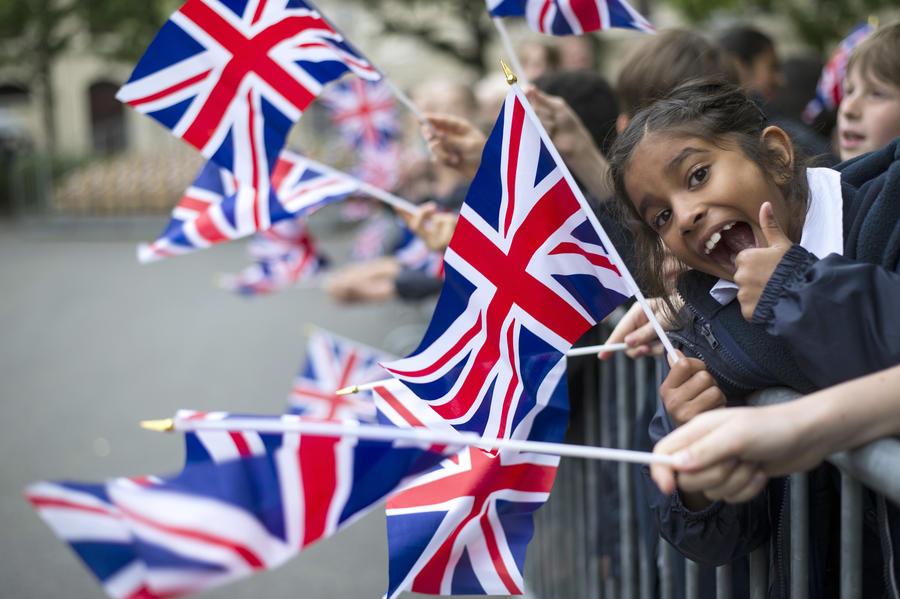 Отставные военные будут обучать британских школьников, родители и педагоги шокированы инициативой