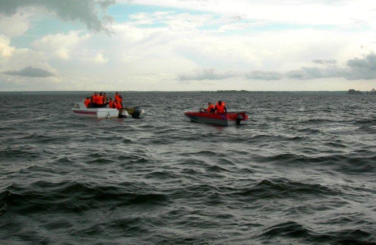 Обнаружены 15 из 30 членов экипажа перевернувшегося судна «Шанс-101»