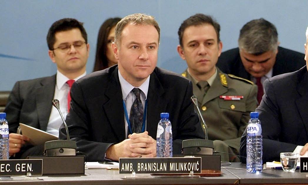 Сербский представитель в НАТО покончил с собой