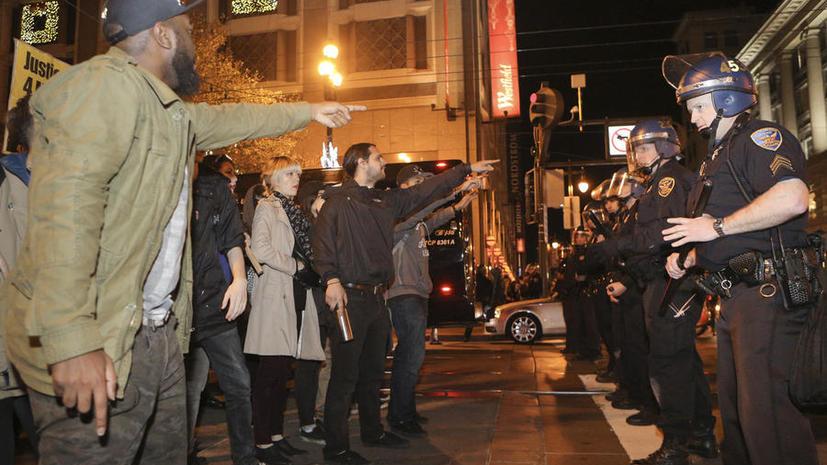 Минюст США: В действиях полиции города Фергюсона есть доказательства наличия расовых предрассудков