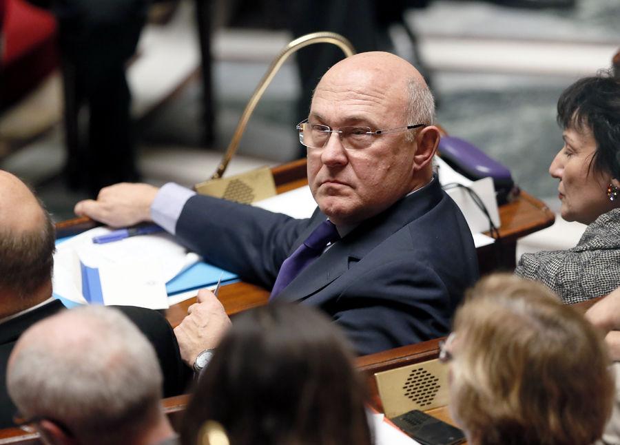 Министр труда Франции объявил страну банкротом