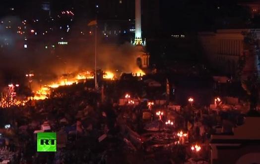 Власти Киева просят коммерческие структуры города объявить 19 февраля выходным днём