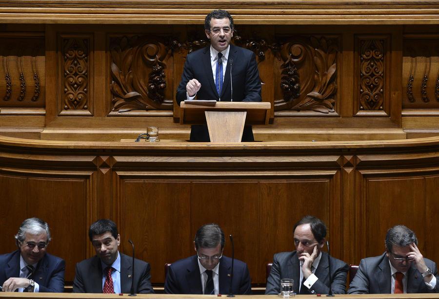 Португальские политики не нашли путей выхода из кризиса