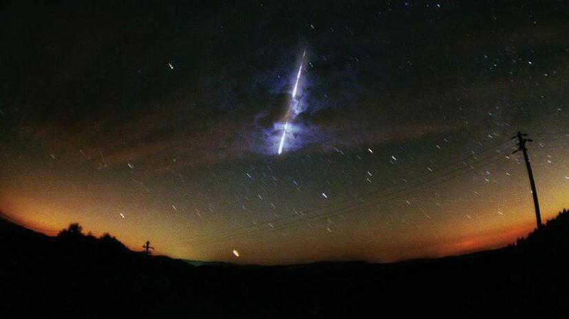 Ученые: Жизнь на Земле началась с кометы