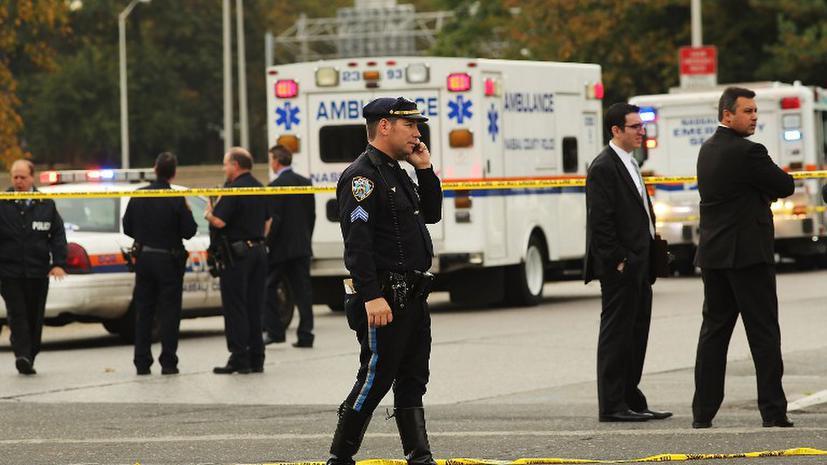 Полиция Нью-Йорка поймала «маньяка с пакетом»