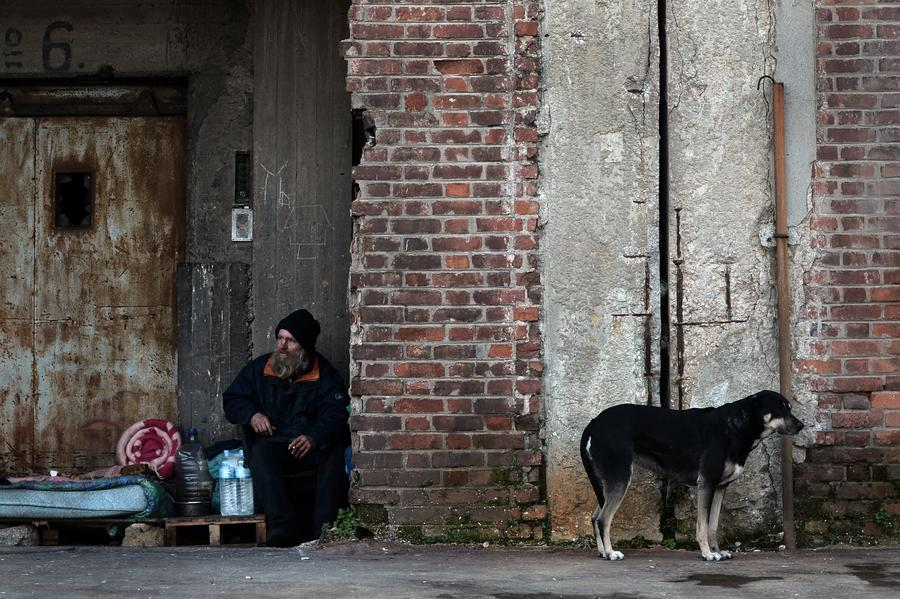 Все бездомные в Венгрии объявлены преступниками