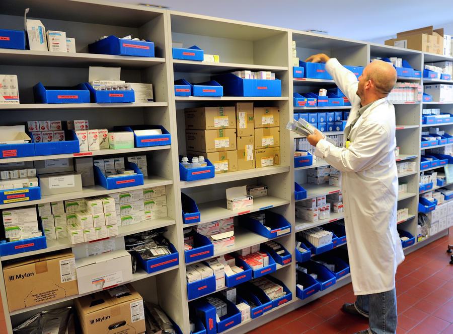 Исследование: каждый третий француз употребляет психотропные препараты