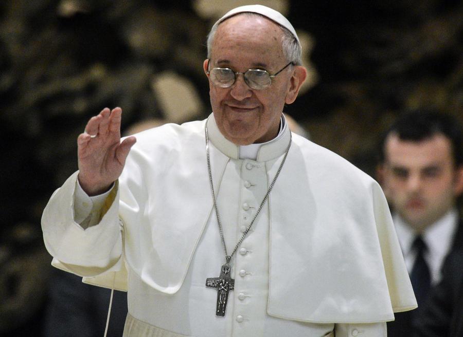 Итальянские женщины просят Папу Франциска отменить целибат